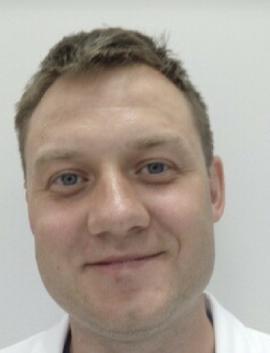 specjalista laryngolog dr n. med. Tomasz Szafarowski
