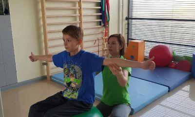 Ferie to czas dla zdrowia dzieci! Skolioza – zimowe turnusy rehabilitacyjne
